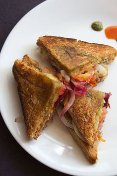 bombay veg toast sandwich step by step recipe with photos. there were times when i would only have the bombay veg toast sandwich with my college friends and practically nothing for the rest of the day. Aloo Recipes, Vegan Recipes, Snack Recipes, Cooking Recipes, Recipes Dinner, Toast Sandwich, Chutney Sandwich, Veg Sandwich, Potato Sandwich
