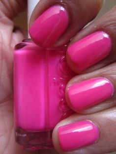 Essie Lights from the Poppy Razzi Collection