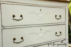 I use small flat brushes like the two on the right for painting details like the spoon carving on this dresser which is painted in a brighter white than the rest of the dresser to help it stand out … Flat Brush, Vintage Dressers, Paint By Number, Painted Furniture, Two By Two, Carving, Brushes, Spoon, Numbers