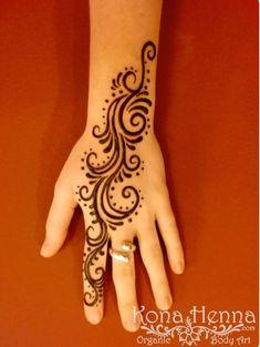 Cute hand henna