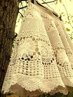 """Morning by Morning Productions: Skirt from a vintage crochet tablecloth. This is my next project, just waiting for the tablecloth to come in the mail! Going for Ranee Russo's skirt in the movie """"Yours, Mine and Ours""""."""
