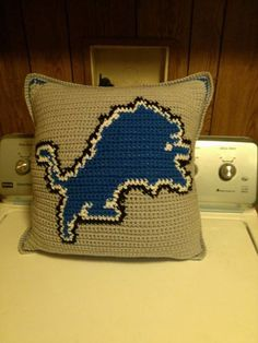 Detroit Lions Pillow by showyourspiritcreate on Etsy
