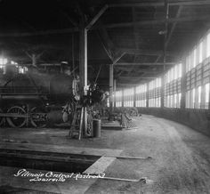 Illinois Central Railroad Roundhouse, NW corner of 13th and Oak Streets, Louisville, Kentucky, 1921. :: Caufield & Shook Collection
