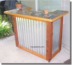 This outdoor bar furniture is an easy to build Patio Bar Set. These bar plans are typical of many southwest outdoor bar designs.