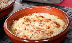 Receta de Cazuelitas gratinadas de pollo y champiñones