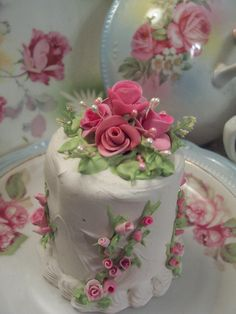 Individual Little Shabby Cakes for a Shabby  Tea Party :)