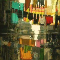 włoskie inspiracje, Neapol, Napoli, wiszące pranie, pranie we Włoszech, fenomen włoskiego prania, Campania, Włochy, Italy,