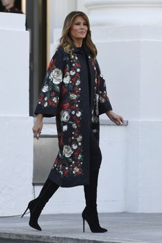 First Lady Melania Trump made an appearance in a Delpozo midi dress on Sunday, August 20 — see more of her most stylish looks here Milania Trump Style, Star Fashion, Womens Fashion, Ladies Fashion, First Lady Melania Trump, Latest Outfits, Divas, Ideias Fashion, Celebrity Style