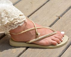 e0afba54125337 816 Best flip flops images in 2019