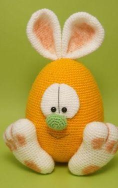 Osterei mit Hasenohren - Häkelanleitung via Makerist.de  #häkeln #häkelanleitung #häkelnmitmakerist #crocheting #crochetpattern #crochet #ostern #osterei #hase #löffelohren #hasenohren