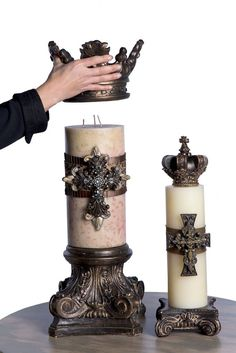 I love the way candles look when properly topped! You can find items like these at That's Haute. I love the crown top ! Tuscan Style Homes, Tuscan House, Luxury Candles, Diy Candles, Candle Gifts, Candle Centerpieces, Tuscan Decorating, French Country Decorating, Crown Decor