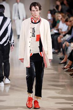 Ann Demeulemeester Spring 2008 Menswear - Collection - Gallery - Style.com