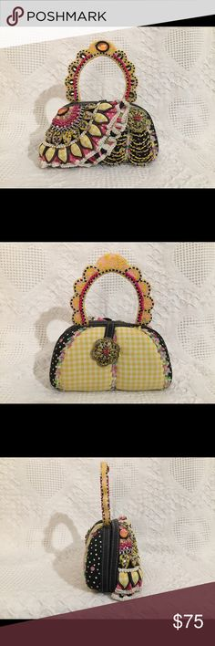 MARY FRANCES Hard Shell Pink Yellow Beaded purse MARY FRANCES Hard Shell Pink Yellow Bead Embellished Evening Bag Mary Frances Bags Mini Bags