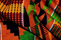 want fancy ankara print, or want to make a good ankara print for your design here - Top 5 Best African Prints 2015 African American Art, African Art, African Prints, Ankara, Kente Cloth, African Textiles, Batik Prints, King Kong, Textile Patterns