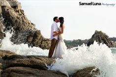 Trash the dress session Huatulco destination wedding *WOW*