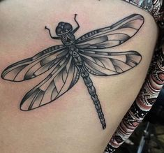 ▷ 27 wonderful dragonfly tattoos and their meaning Dragonflies have a contact of mystique and appeal that may not be ignored. There are a number of meanings they'll be taught within the article what these meanings are precisely plenty of Butterfly Tattoo Meaning, Dragonfly Tattoo Design, Tattoo Designs, Dragonfly Meaning, Skull Tattoos, Black Tattoos, Body Art Tattoos, Sleeve Tattoos, Tattoo Ideas