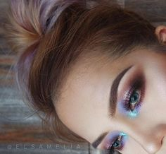 Colorful holographic metallic eyes eyescream palette - dose of colors