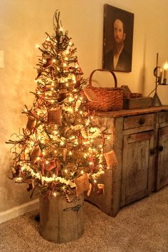 Primitive Christmas Tree.352 Best Primitive Christmas Trees Images In 2019