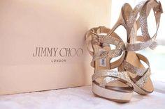 Milque Shoes #shoes #milquephotography #weddingphotography #jimmychoo