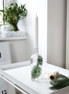 A complete guide on how to have your own Scandinavian Christmas, with beautiful inspiration, great tips and amazing DIY's. A minimalist Christmas decor, guide to Scandinavian Christmas design, Scandinavian DIYs Hygge Christmas, Noel Christmas, Little Christmas, Winter Christmas, All Things Christmas, Christmas Ideas, Christmas Crunch, Natural Christmas, Scandinavian Christmas Decorations