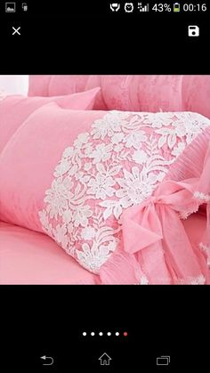 This Pin was discovered by Duy Diy Pillow Covers, Diy Pillows, Cushions On Sofa, Decorative Pillows, Baby Girl Clipart, Bed Cover Design, Sewing Crafts, Sewing Projects, Pink Bedrooms