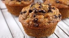 Low-Fat Banana Oatmeal Chocolate Chip Muffins