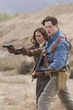 """The Mummy: Tomb of the Dragon Emperor - Maria Bello: Evelyn Carnahan-O'Connell and Brendan Fraser: Richard """"Rick"""" O'Connell"""