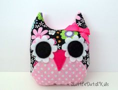 Harper (Black Floral and Pink Polka Dot owl pillow) stuffed owl, owl party favor. $10.00, via Etsy.