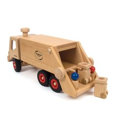 Garbage Truck (Fagus) A wooden toy garbage truck by Fagus. With two bins and four peg figures. A wooden truck made of beech and constructed with dowels and glue: no nails! #woodentoy #naturalplay #truck