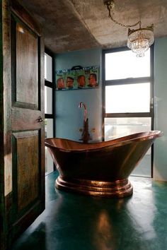 Cool bath - very colonial