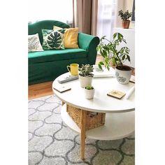 """65 kedvelés, 5 hozzászólás – Emese (@twinstahome) Instagram-hozzászólása: """"Egy zöld kanapéhuzat és változik a…"""""""