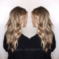 Color by @colorbyana blonde gold golden blonde balayage babylights highlights cristophesalon fashion island newportbeach oc california hair color behindthechair modernsalon haircolor beautiful style loreal redken shades cool natural curls americansalon style hairporn sombre longhair curlyhair beauty naturalbeauty
