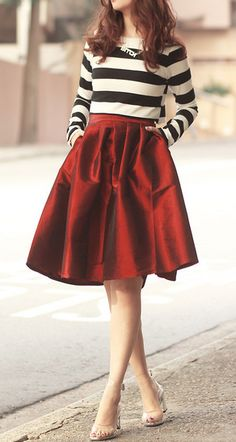 Love this #red midi skirt http://rstyle.me/n/dgcapnyg6