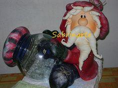 *COLD PORCELAIN ~ Pote papai Noel by Sabrinarte, via Flickr