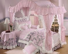 This looks a lot like the canopy bed I had Red Bedroom Design, Bedroom Red, Baby Bedroom, Dream Bedroom, Girls Bedroom, Bedroom Decor, Bedroom Ideas, Beds For Kids Girls, Kid Beds