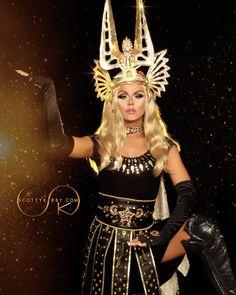 Farrah Moan - S09 E06 - A Night of a 1000 Madonnas - photo by Scott Kirby