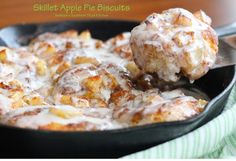 "These ""easy as pie"" Skillet Apple Pie Biscuits can be served for breakfast, brunch or as a dessert with a scoop of vanilla ice cream. What's For Breakfast, Breakfast Dishes, Breakfast Recipes, Dessert Recipes, Breakfast Items, Just Desserts, Delicious Desserts, Yummy Food, Tasty Snacks"