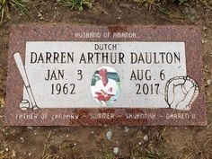 "Darren ""Dutch"" Daulton - Find A Grave Memorial Darren Daulton, Making The Team, Famous Graves, Graveyards, Grave Memorials, Find A Grave, Philadelphia Phillies, Baseball Players, Major League"