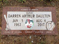 "Darren ""Dutch"" Daulton - Find A Grave Memorial Darren Daulton, Making The Team, Famous Graves, Graveyards, Grave Memorials, Find A Grave, Philadelphia Phillies, Baseball Players"