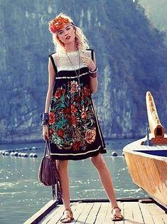 Идея платья из платка / Платки / Своими руками - выкройки, переделка одежды, декор интерьера своими руками - от ВТОРАЯ УЛИЦА