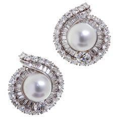 DAVID WEBB 7.00 carats Diamond Pearl Ear Clips  