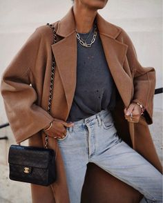 Why Editors & Celebrities Can't Stop Wearing This Cult Jewelry Brand Fall fashion, fall style, fall Workwear Fashion, Fall Fashion Outfits, Fall Fashion Trends, Fall Trends, Fashion Brands, Winter Fashion, Womens Fashion, Fashion Fashion, Fashion Clothes