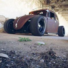 Vw Rat Rod, Rat Rod Cars, Vw Cars, Custom Muscle Cars, Custom Cars, Volkswagen Beetle Vintage, Vw Baja Bug, Moto Car, Bugatti