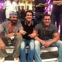 Shah Rukh Khan and Salman Khan rehearse with Shiamak Davar : MagnaMags
