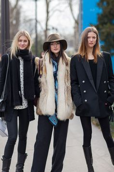 Jacqueline Jablonski is in the middle of a major model-off-duty moment.