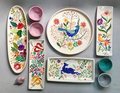 @shohrehhaghighi59 #ceramic#pottery#underglazepainting#iranianartist#shohrehhaghighi#instapottery#instaceramic#iranianceramic#underglaze… Ceramic Design, Clay Art, Pottery Painting Ideas, Ceramic Painting, Ceramic Art, Ceramic Plates, Ceramic Pottery, Painted Pottery, Floral Patterns
