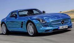 Mercedes Rolls Out World's Most Powerful Electric Car / Mercedes lança carro elétrico mais potente do mundo