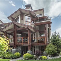 Within walking distance to Whistler Village, this fantastic townhome offers an expansive living space set over 4 floors with 4 bedrooms & 3.5 bathrooms (Sleeps 8). Live In Style, Whistler, Vacation Rentals, Townhouse, Luxury Homes, Distance, Floors, Living Spaces, Bathrooms