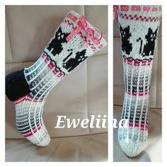 Knitting Socks, Knit Socks, Mittens, Cross Stitch, Kissa, Tejidos, Cat Breeds, Patterns, Fingerless Mitts