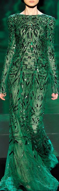 ❤ MONIQUE LHUILLIER <3 its green and sparkly.. What's not to love!?!!